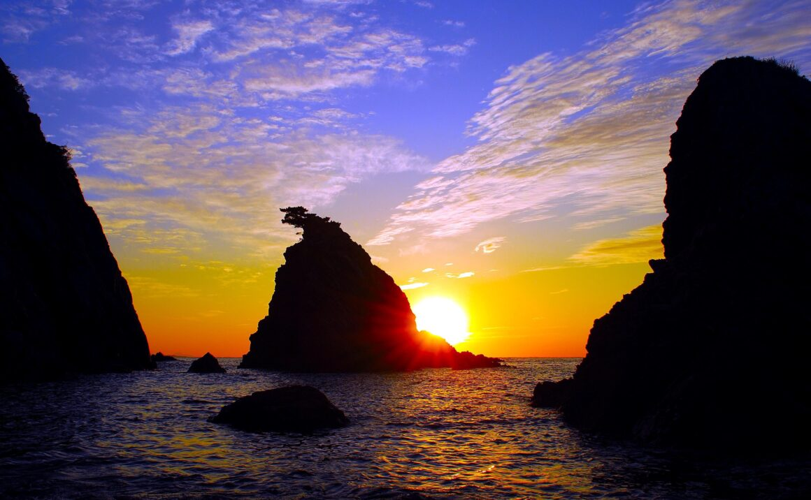"National park ""Uradome Coast"" is a stunning stretch of coastline located on the Japan Sea in Iwami town"