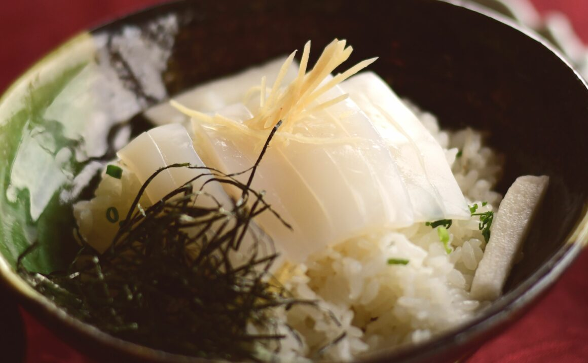 """Highly recommended white squid dish: """"Ganso Ika Don""""(Original Ika Don)"""