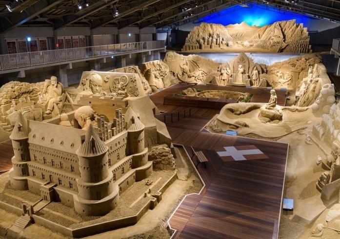 砂の彫刻を展示した世界で唯一の美術館「砂の美術館」